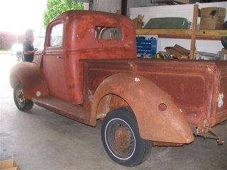1940 Ford pickup bed
